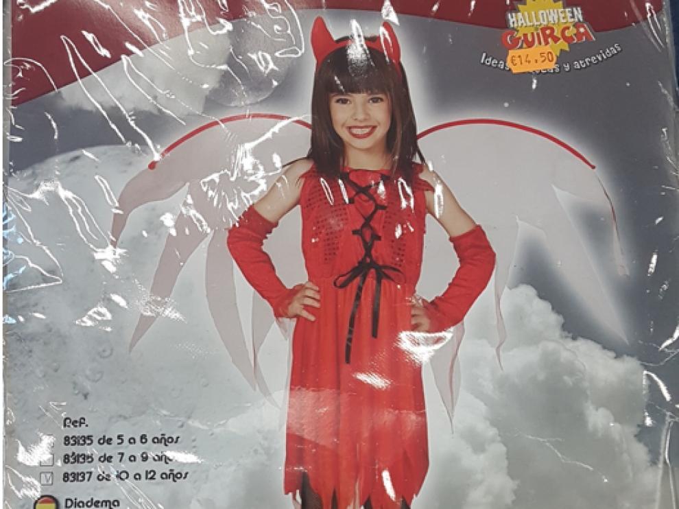 Uno de los disfraces de Halloween retirados por Consumo.