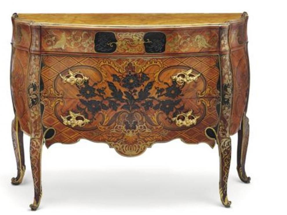 La cómoda diseñada por Mattia Gasparini para Carlos III.