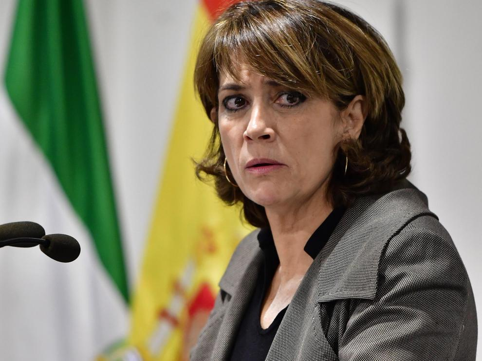 """Delgado, sobre Cataluña: """"Los actos de violencia no quedarán impunes""""."""