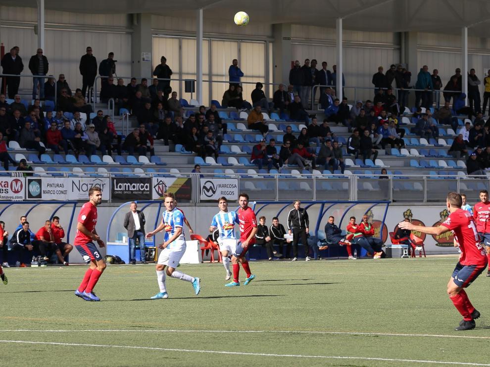 Fútbol. Partido Segunda B, grupo III: SD Ejea 0-2 UE Olot.