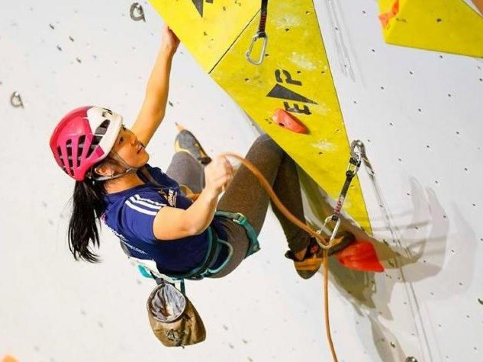 La escaladora aragonesa Laura Pellicer