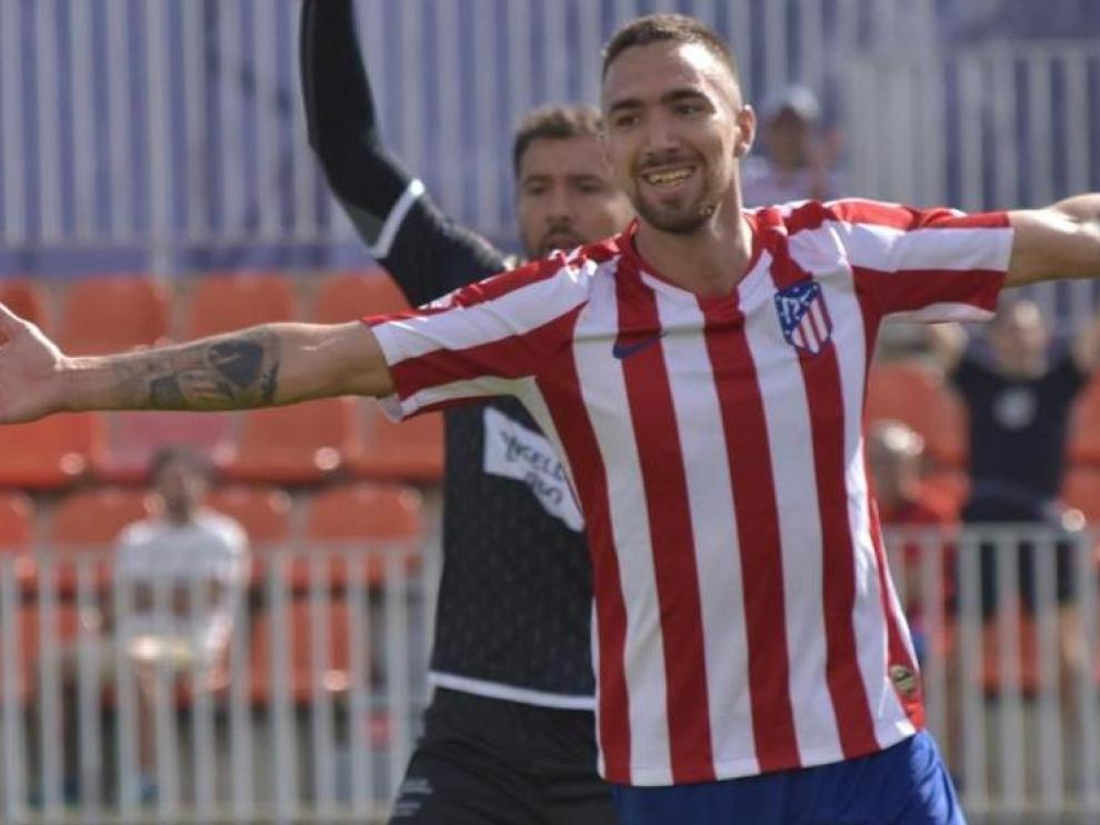 Darío, objetivo del Zaragoza para su ataque, celebra un gol