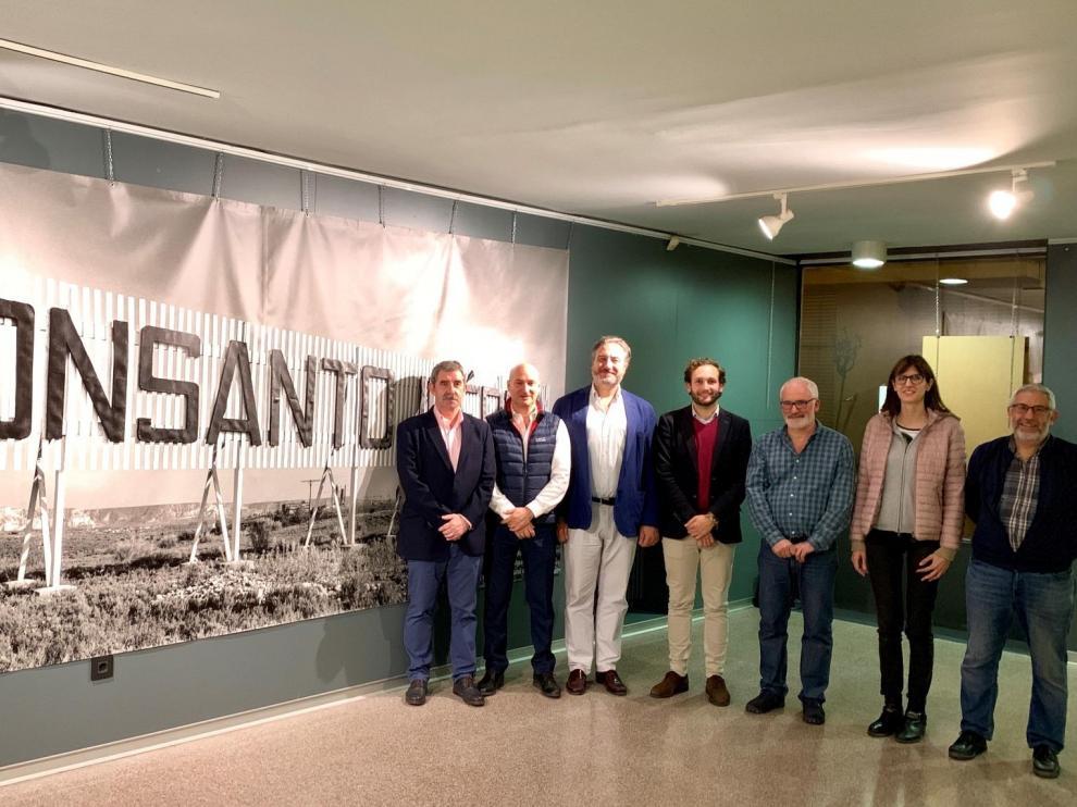 Inauguración de la exposición fotográfica que repasa la historia del Monzón industrial.
