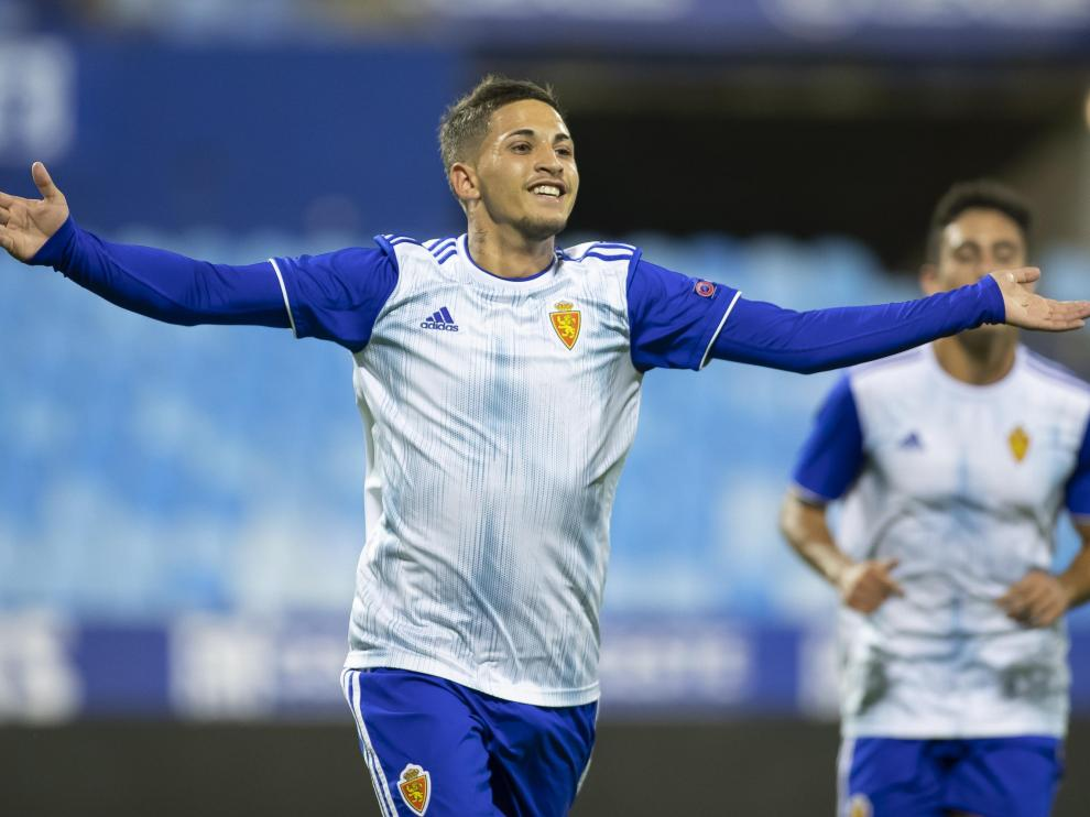 Carbonel, con sus tres goles, fue la estrella del Real Zaragoza en el partido de la Youth League