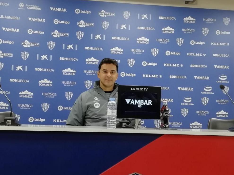 Míchel Sánchez, en la rueda de prensa previa al partido con el Oviedo.