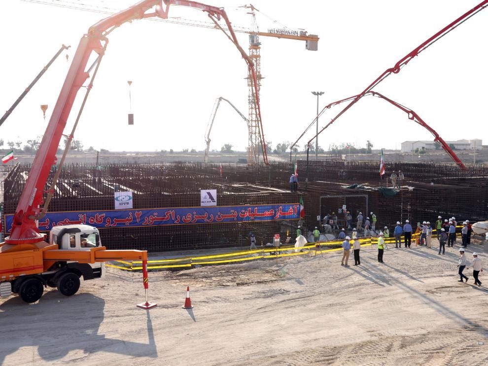 Trabajos de construcción de la segunda fase de la central nuclear de Bushehr.