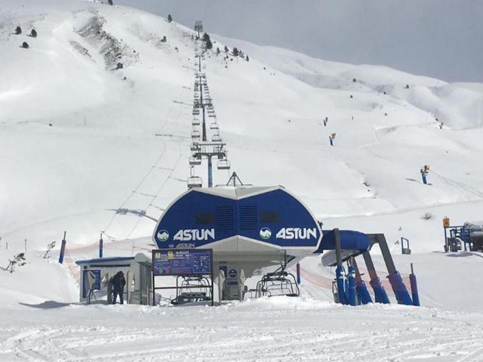 Astún será una de las dos estaciones aragonesas que abra el sábado.