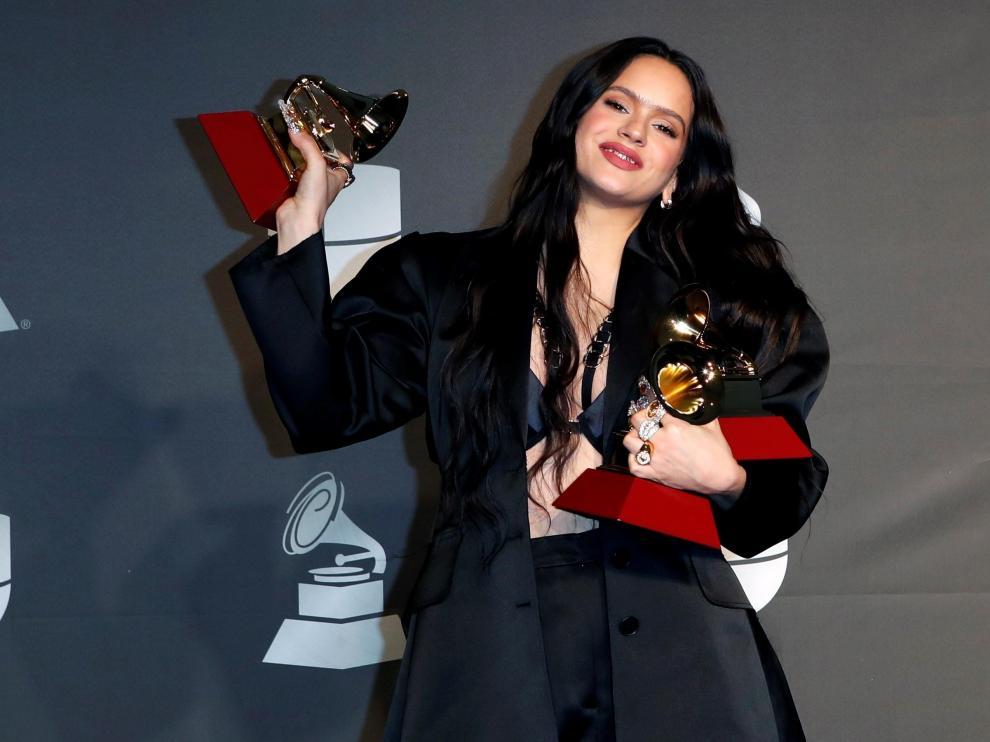 Las Vegas (United States), 15/11/2019.- Rosalia poses in the press room during the 20th annual Latin Grammy Awards ceremony at the MGM Grand Garden Arena in Las Vegas, Nevada, USA, 14 November 2019. The Latin Grammys recognize artistic and/or technical achievement, not sales figures or chart positions, and the winners are determined by the votes of their peers - the qualified voting members of the Latin Recording Academy. (Estados Unidos) EFE/EPA/NINA PROMMER Press Room - 20th Latin Grammy Awards