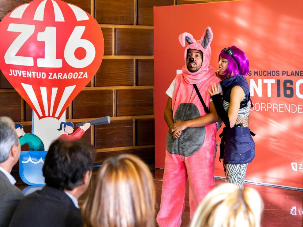 Presentación del programa Z16 para jóvenes en Zaragoza