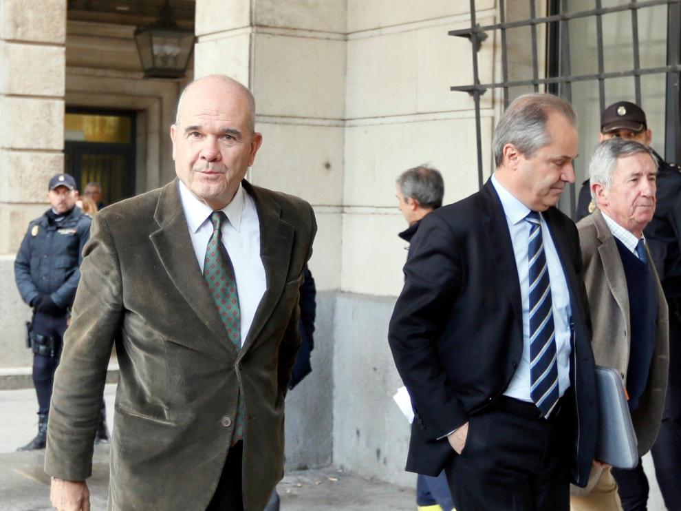 Chaves y Griñán a su llegada este martes a la Audiencia de Sevilla para escuchar la sentencia de los ERE