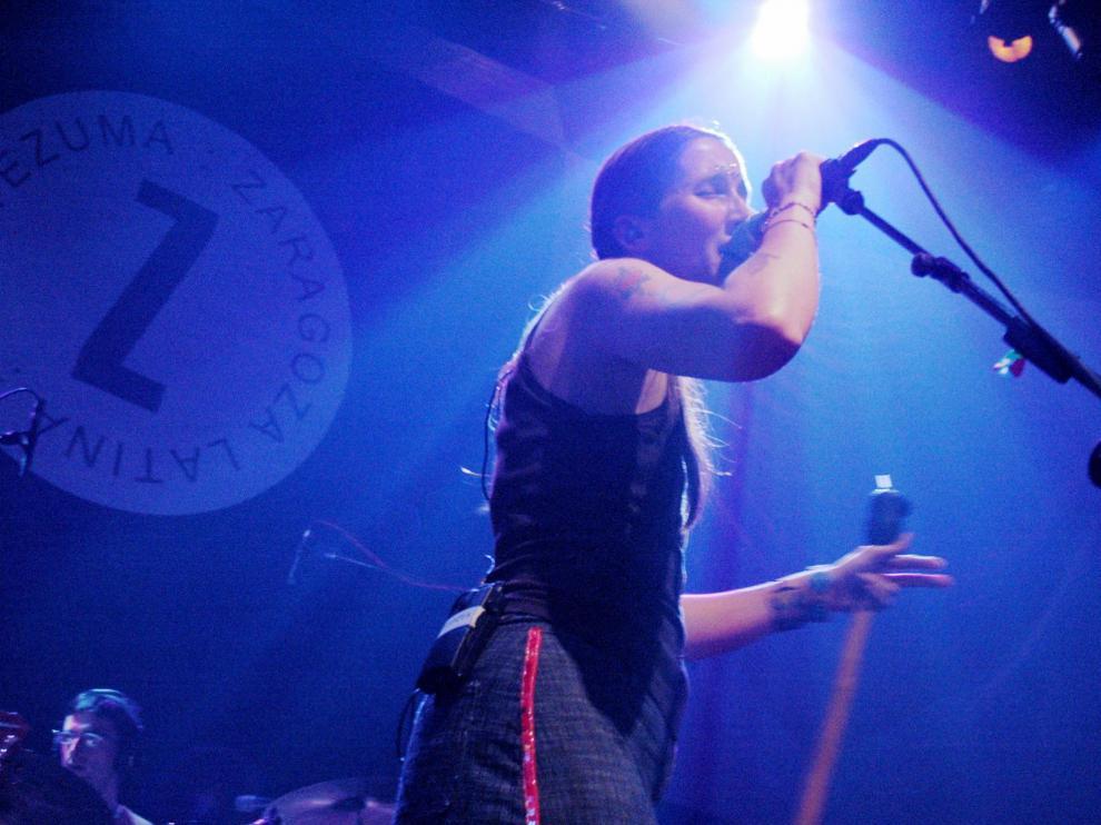Andrea Echeverri, de Aterciopelados, en un concierto en Zaragoza.