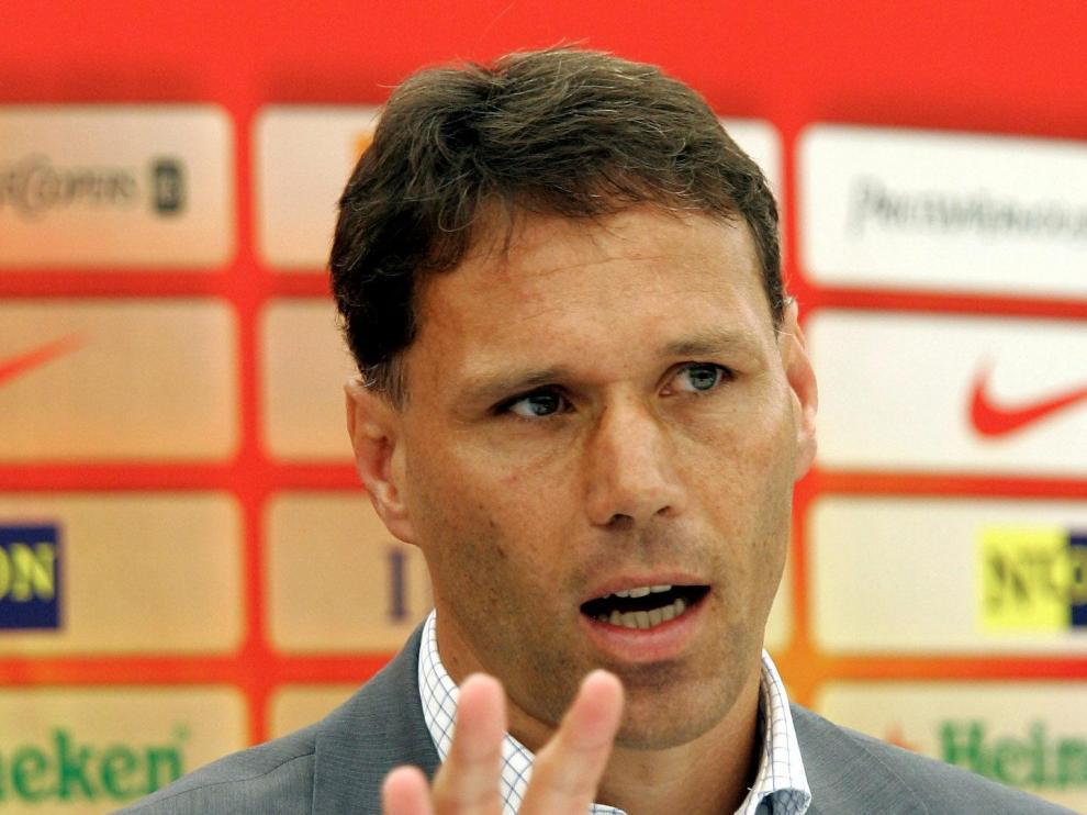 El exfutbolista Marco Van Basten.