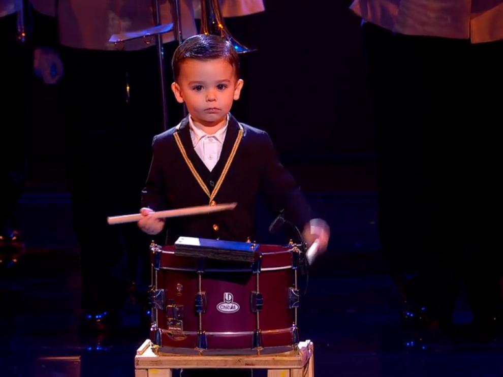 Hugo Molina vuelve a cautivar con su tambor a público y jurado y se convierte en finalista de 'Got Talent'