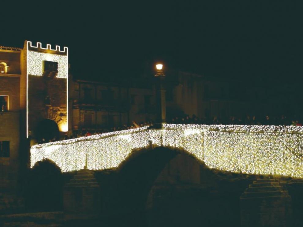 Iluminación navideña en Valderrobres.