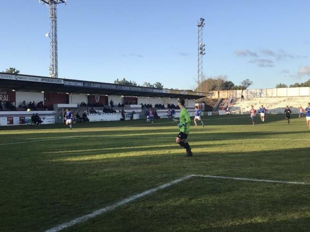 Fútbol. Tercera División- Barbastro vs. Valdefierro.