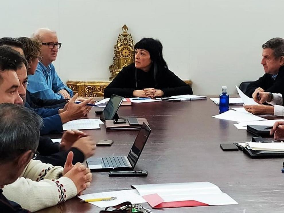 Concejales y representantes de la Policía Local y Bomberos en la comisión de Seguridad Ciudadana