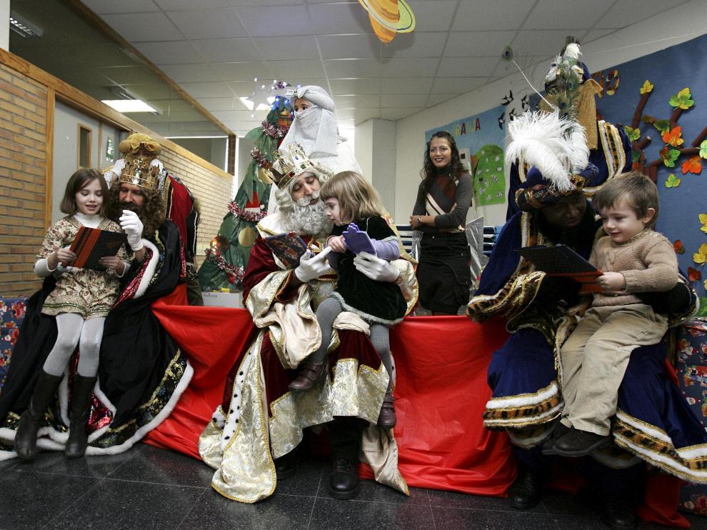 Visita de los Reyes Magos al CEIP Sancho Ramírez de Huesca