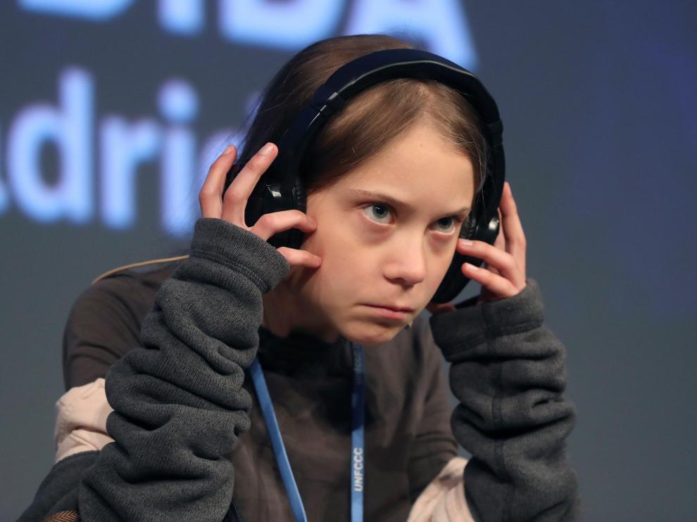 La joven activista climática de 16 años Greta Thunberg, durante la rueda de prensa que ha ofrecido este viernes en la Casa Encendida de Madrid .