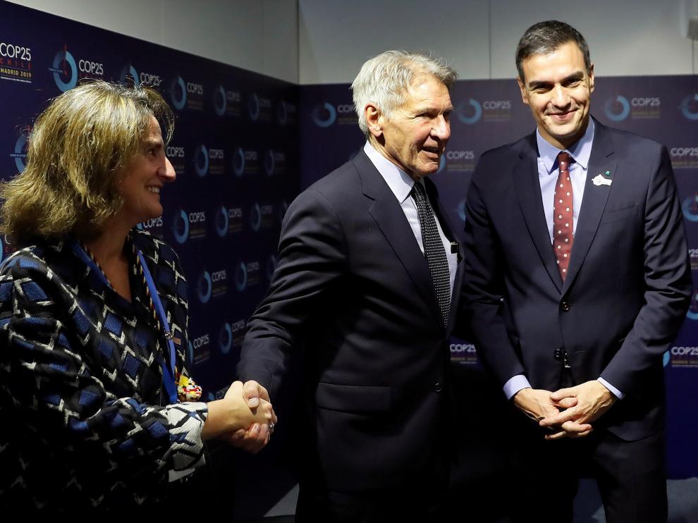 Reunión entre Harrison Ford, Pedro Sánchez y Teresa Ribera en la Cumbre del Clima.