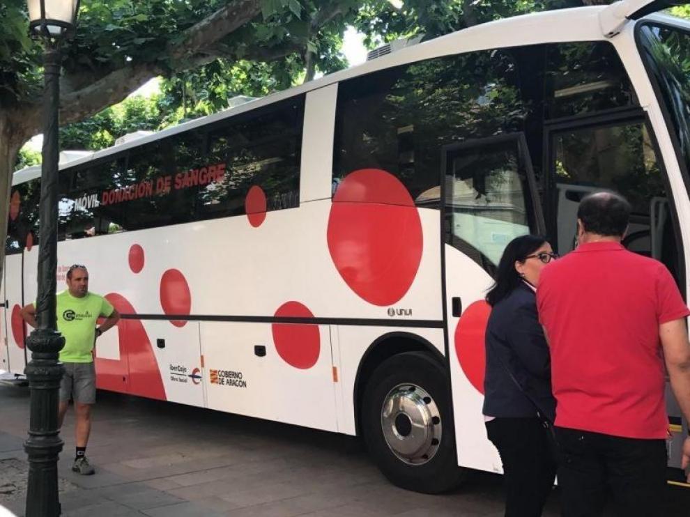 Autobús de la III Maratón de Donación de Sangre, en 2017.