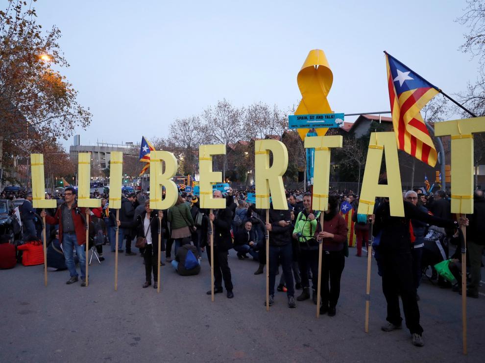 Protestas de Tsunami Democràtic en los alrededores del Camp Nou.