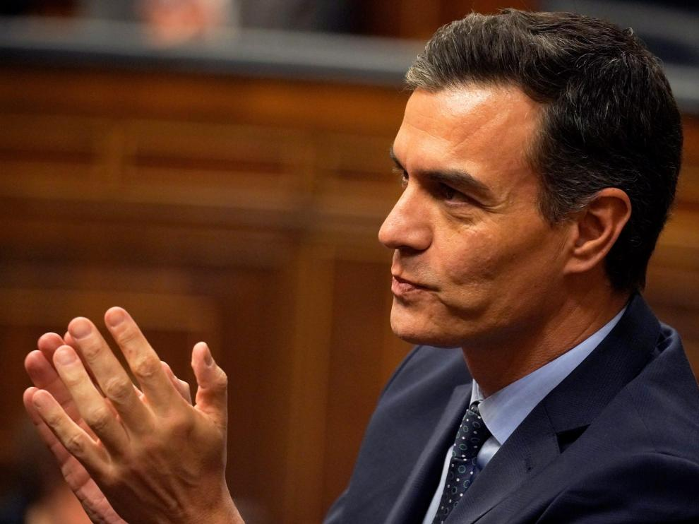 FILE PHOTO: Spain's acting Prime Minister Pedro Sanchez gestures during the first session of the Parliament following a general election in Madrid, Spain December 3, 2019. REUTERS/Juan Medina - RC2PND9IK5UL/File Photo [[[REUTERS VOCENTO]]] SPAIN-POLITICS/CATALONIA