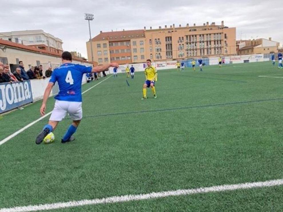Fútbol. Tercera División- Utebo vs. Almudévar.