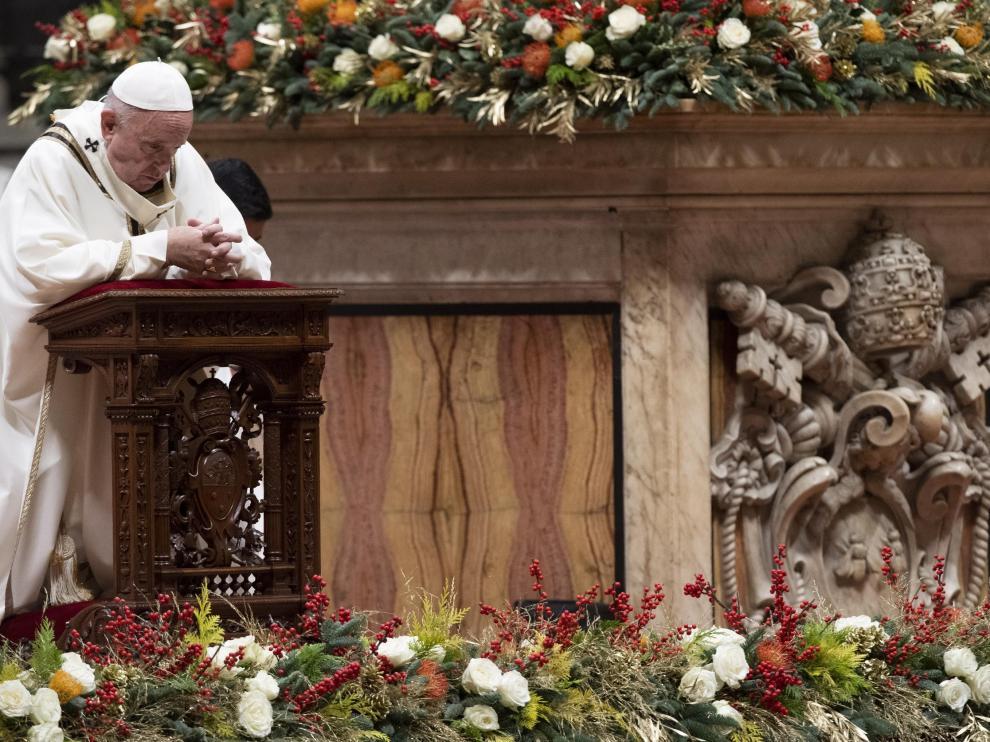 El papa Francisco, durante la Misa del Gallo.
