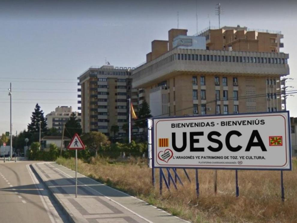 Recreación de la valla publicitaria que colocarían en una de las entradas de la ciudad.