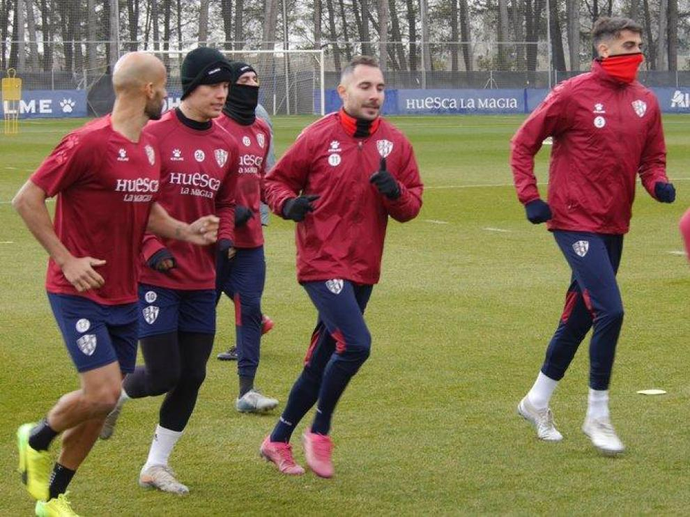 La SD Huesca volvió este domingo a los entrenamientos tras la eliminación copera en León.