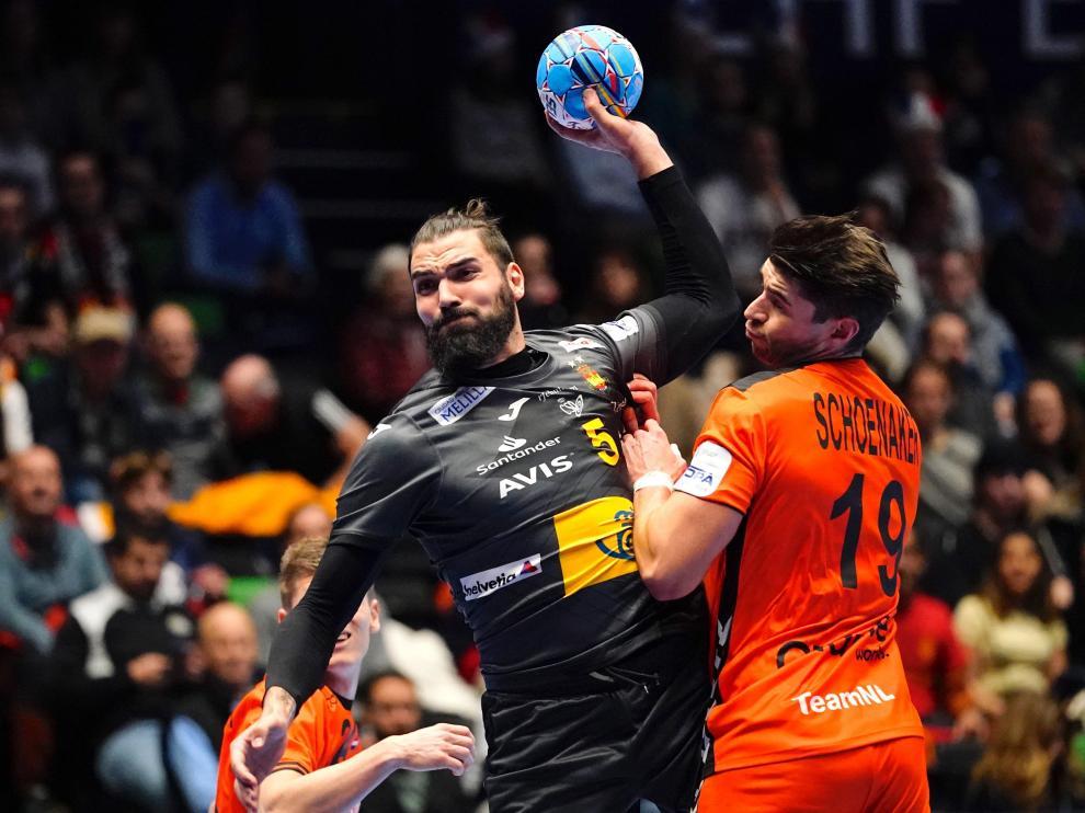 El español Jorge Maqueda Pena en una acción de partido.