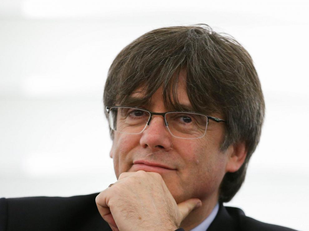 Former member of the Catalan government Carles Puigdemont looks on as he attends his first plenary session as member of the European Parliament in Strasbourg, France, January 13, 2020. REUTERS/Vincent Kessler [[[REUTERS VOCENTO]]] SPAIN-POLITICS/CATALONIA-EU