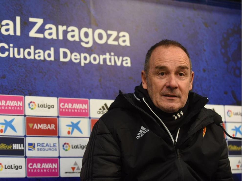 Víctor Fernández, en la rueda de prensa de este lunes por la mañana, previa al viaje a Las Palmas.
