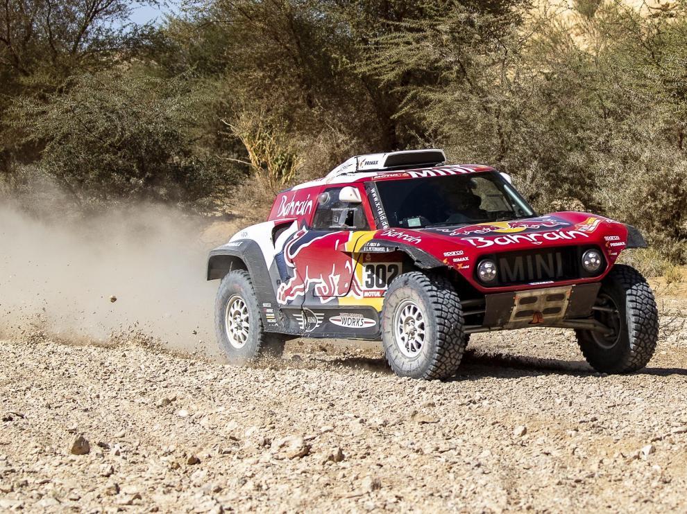 El piloto francés Stéphane Peterhansel (Mini), en acción en la novena etapa del Rally Daka