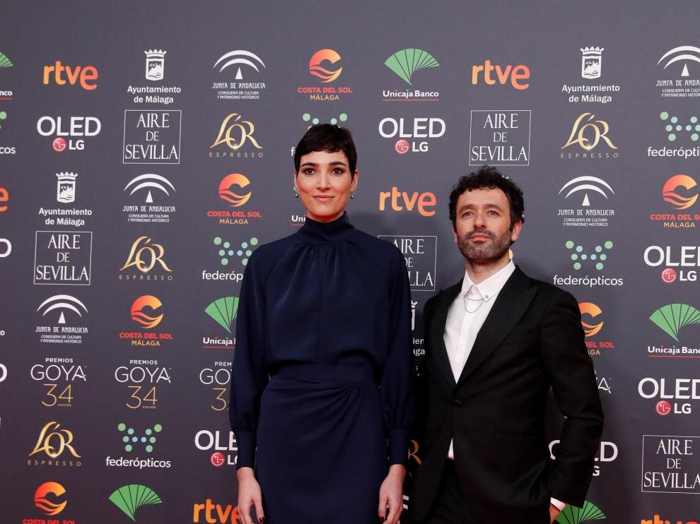 Isabel Peña junto a Rodrigo Sorogoyen en la alfombra roja de los Premios Goya 2020.