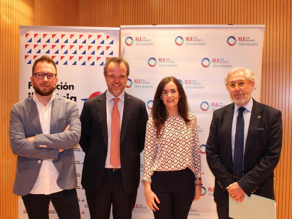 Alberto Brosed, el doctor Carlos Ivorra, Darioleta Aranda y el doctor Pérez Lambán, en la jornada de ayer.