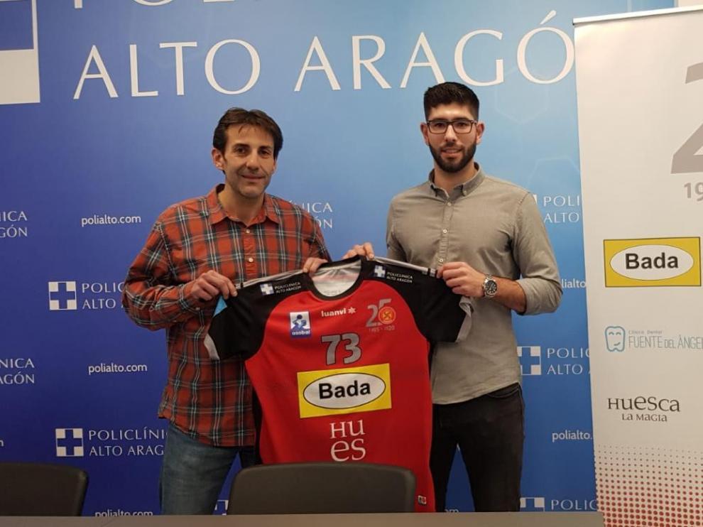 Imagen de la presentación de Policlínica Alto Aragón como patrocinador de Joao Pinto