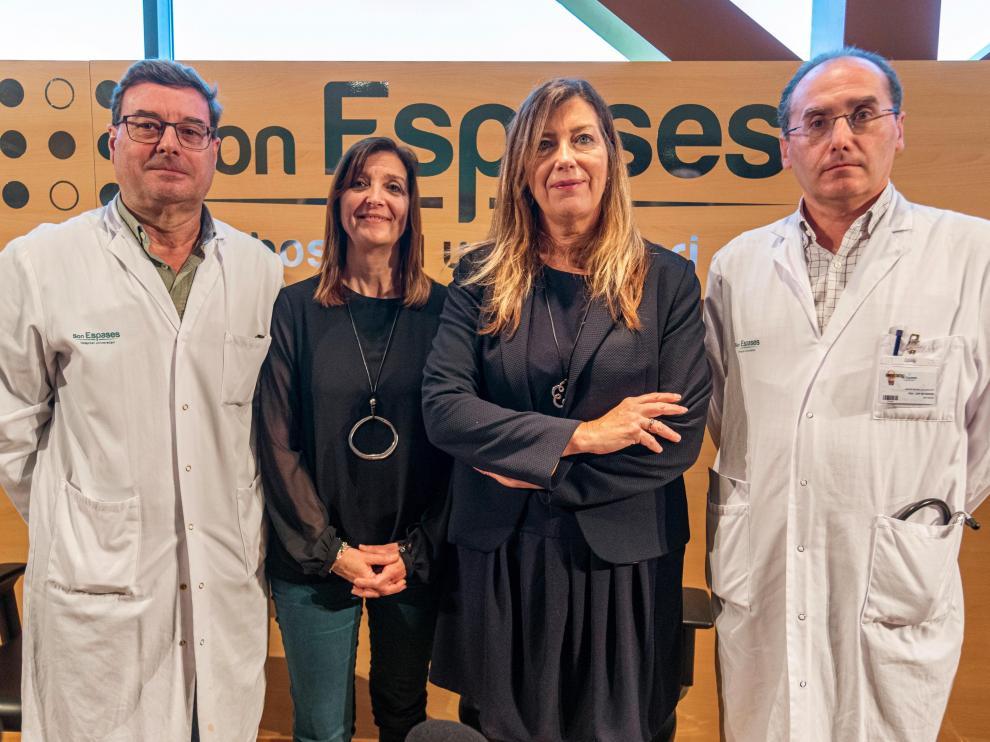 Responsables sanitarios del Hospital de Son Espases, en Palma de Mallorca.