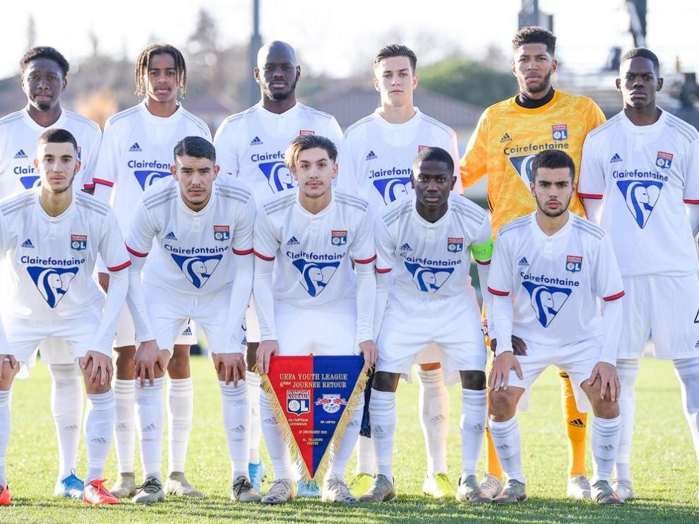 La formación del Olympique de Lyon en el último partido de Youth League jugado en la fase de grupos.