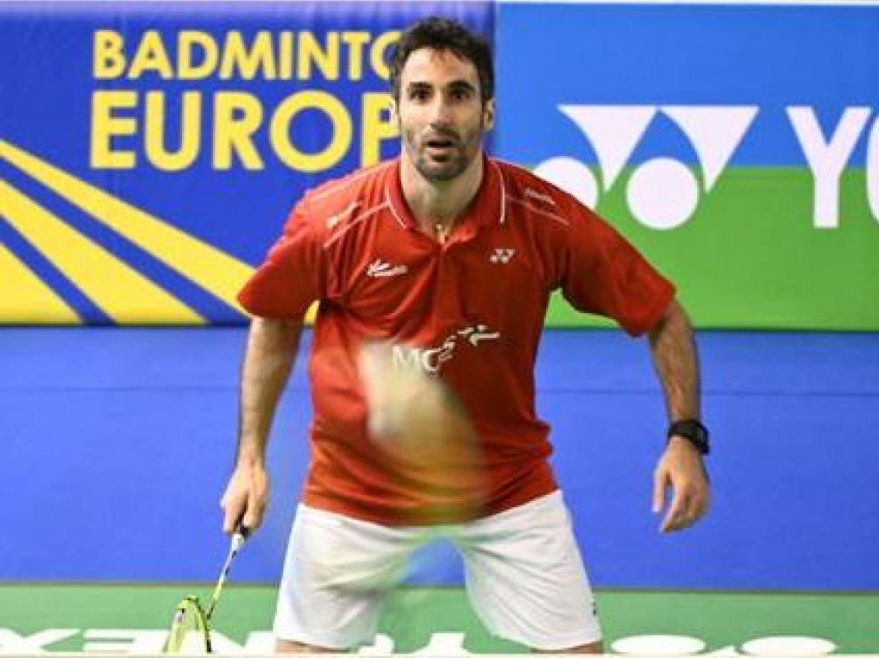 Pablo Abián, en acción en el Europeo por equipos de bádminton