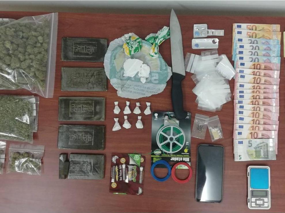 Objetos intervenidos en la operación realizada en Utebo.
