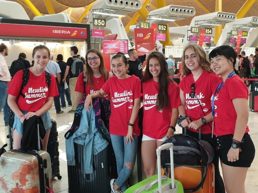 Grupo de estudiantes de un viaje organizado por la agencia oscense Newlink.