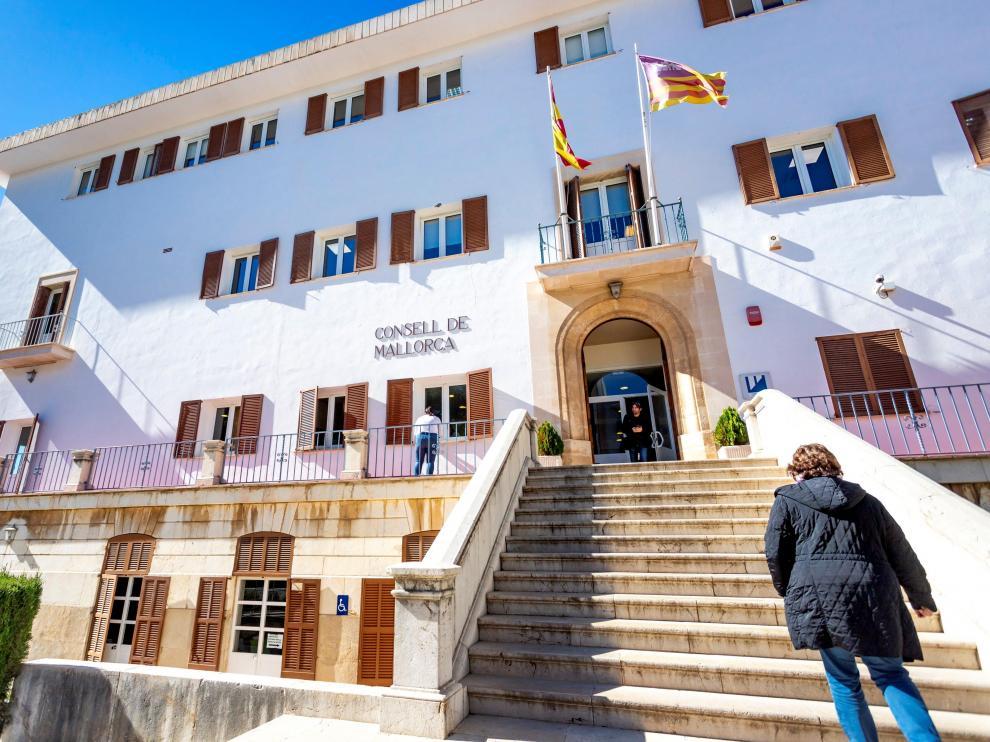 Vista general de la fachada del Instituto de Mallorca de Asuntos Sociales (IMAS).