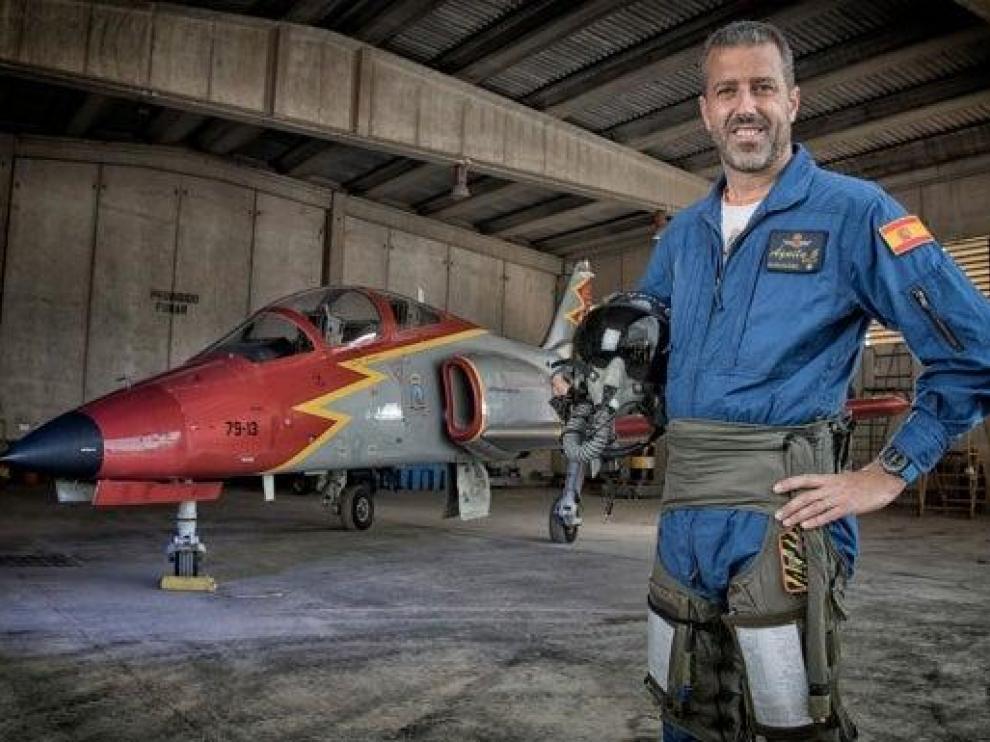 El comandante Eduardo Fermín Garvalena Crespo, fallecido tras accidentarse cuando pilotaba un C-101 de la Patrulla Águila.