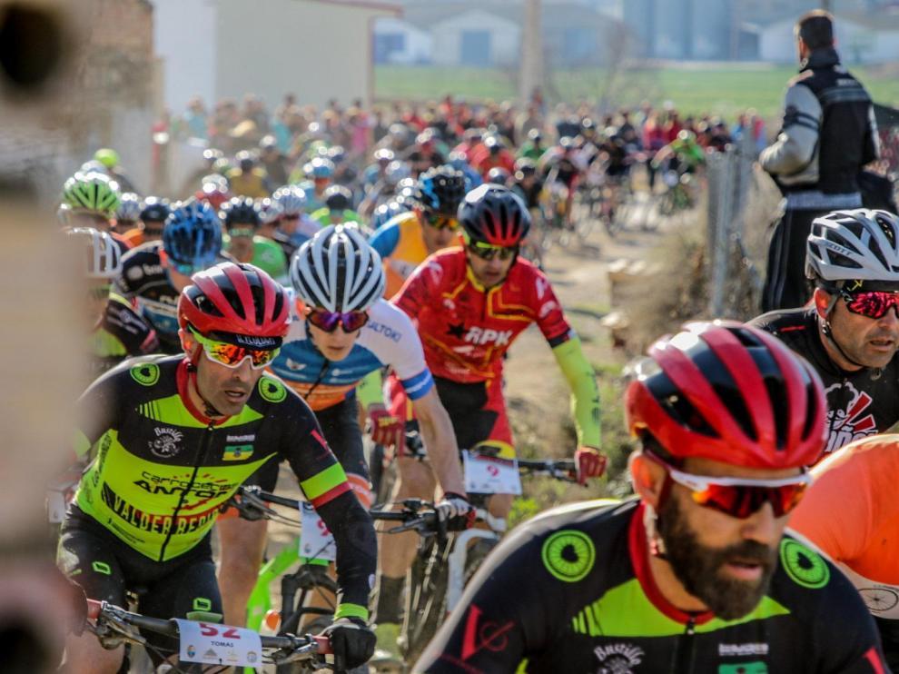 Imagen de una pasada edición de la Aragón Bike Race