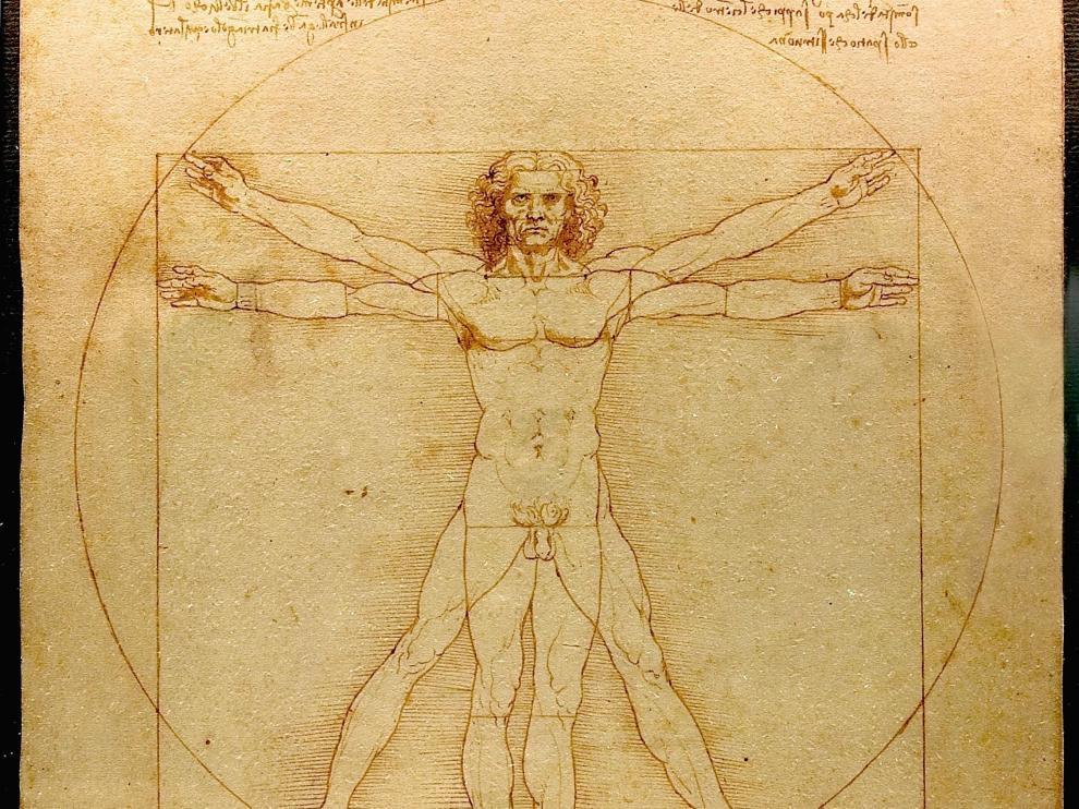 En 'El hombre de Vitrubio', Leonardo inscribe a un hombre en un cuadrado y en un círculo a la vez