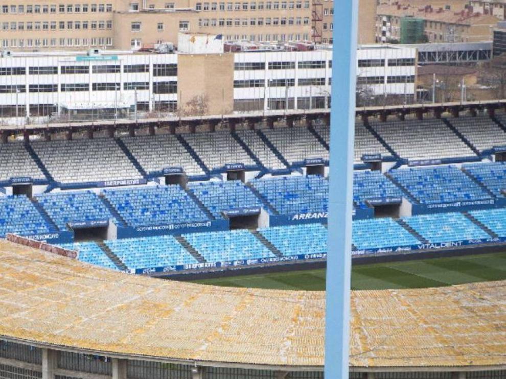Estadio de La Romareda, vacío y sin actividad alguna a corto plazo.