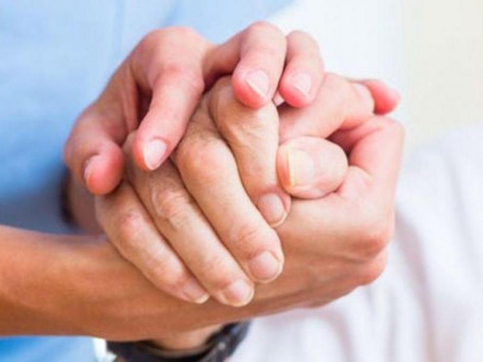 Parte de la ayuda consiste en llevar la compra o medicamentos a los usuarios en edad de riesgo