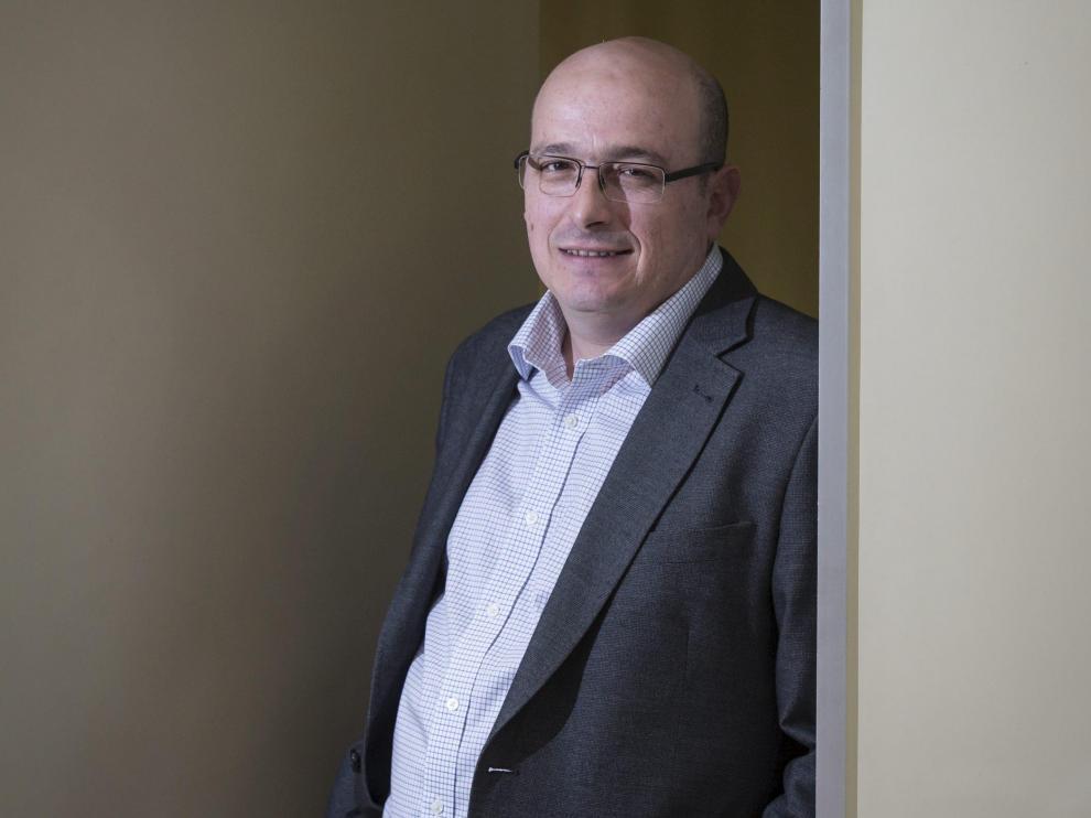 El profesor Yamir Moreno, responsable del Instituto de Biocomputación y Física de Sistemas Complejos.