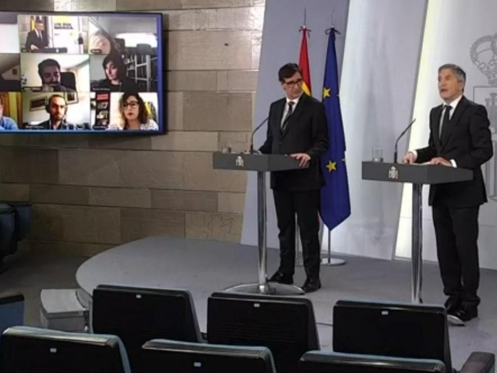 Salvador Illa y Fernando Grande-Marlaska en la rueda de prensa este sábado en la Moncloa.